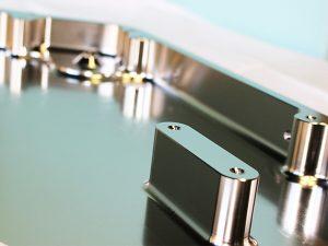 板金製造会社との連携により、デザインから試作の納品までワンストップ3